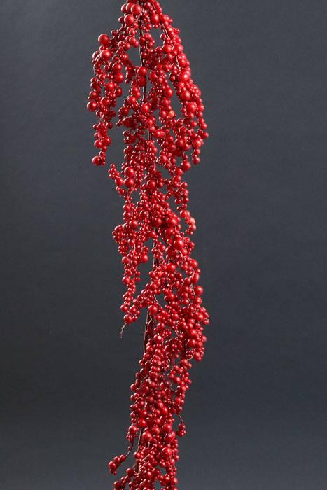 60 Quot Plastic Metallic Berry W Glitter Garland Red