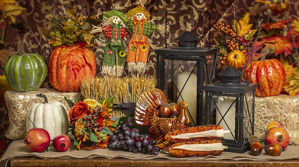 Thanksgiving 2019 Decor