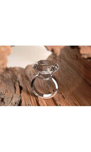 6 CM DIAMOND CRYSTAL RING EA.